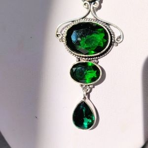 Emerald stone pendant necklace